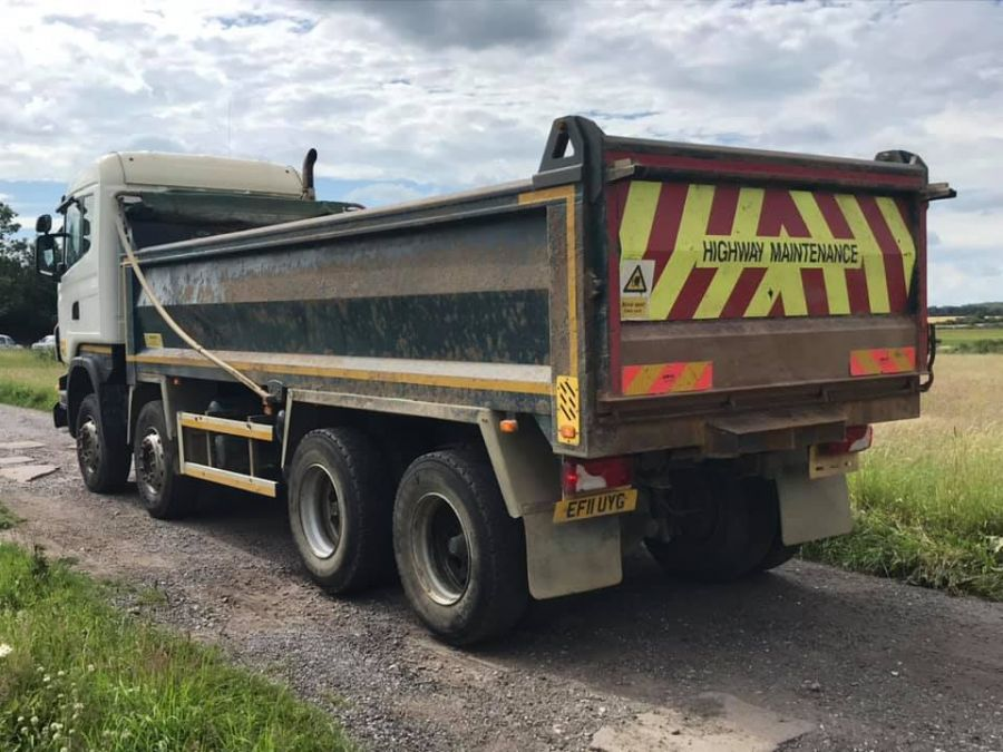 Scania R400 8x4 Tipper