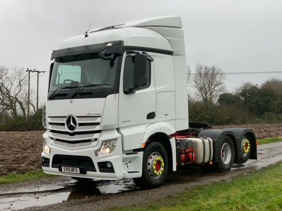Mercedes Actros Stream Space